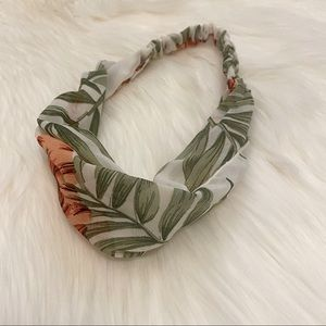 Floral fabric headband Forever 21 hair accessory
